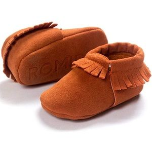 Other - Baby Tassel Soft Soled Moccasins
